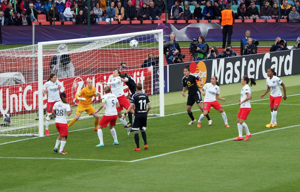 Spielszene aus den Finale der Champions League 2015: FFC Frankfurt - Paris Saint-Germain © Uta Zorn