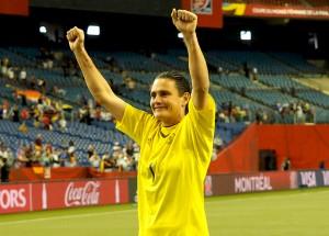 Nadine Angerer jubelt nach dem Viertelfinale gegen Frankreich © Uta Zorn